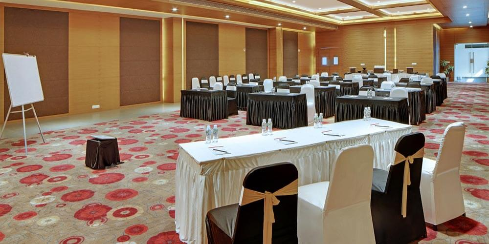 Hotel German Palace near Gandhinagar Ahmedabad Airport, Meeting Conferences, Luxurious Room, Banquet Corporate Halls, Veg Non Veg Restaurant